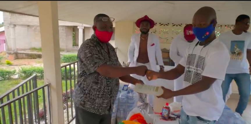 ay-poyoo-shares-his-first-pay-from-youtube-with-an-orphanage