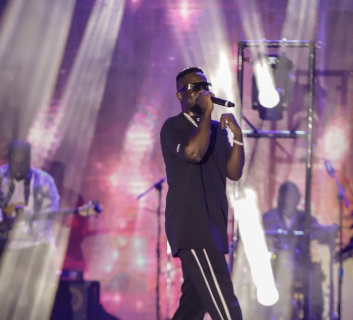 black-love-virtual-concert:-sarkodie-apologizes-for-broadcast-interruption