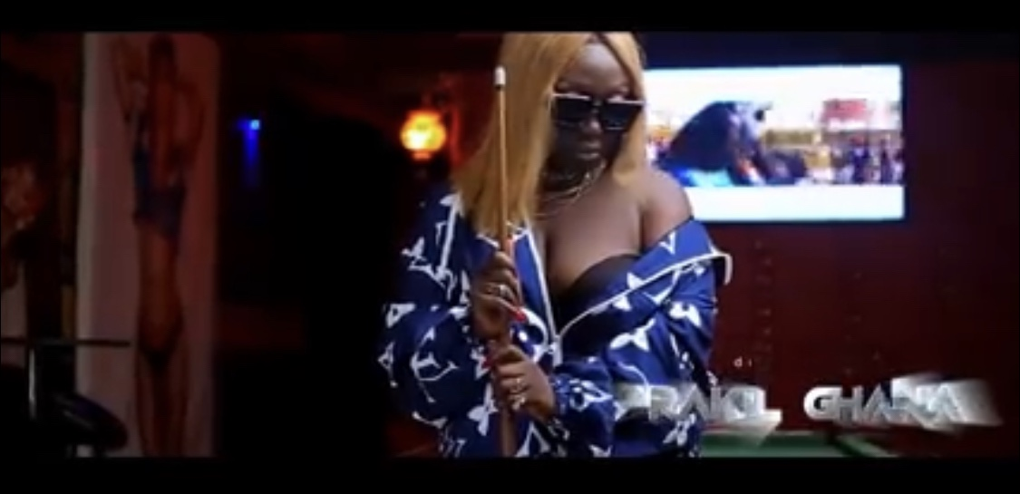 """""""no-disrespect-but-the-king-of-rap-in-ghana-now-is-a-female""""-eno-barony-goes-hard-in-""""game-of-thrones"""""""