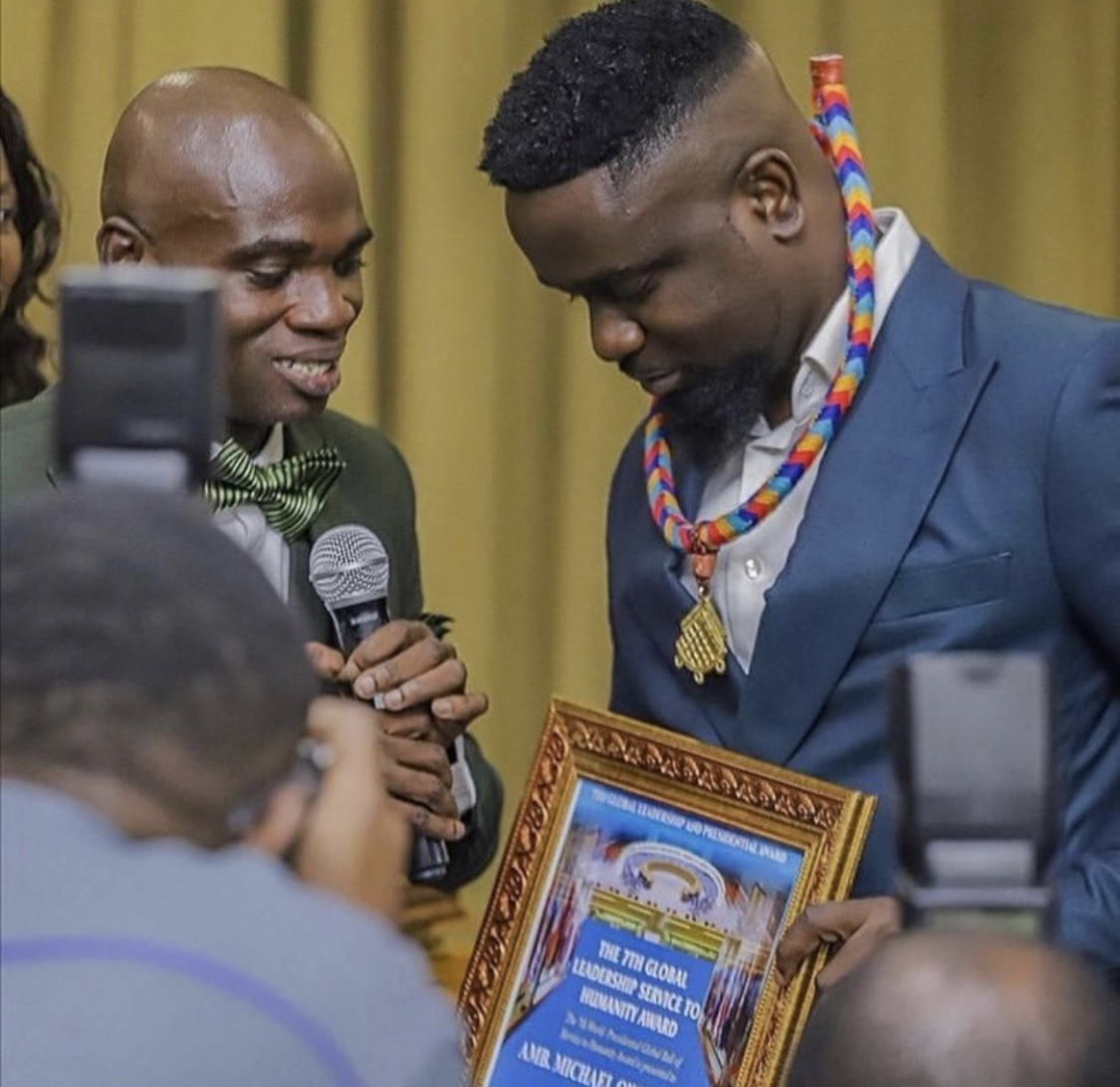 sarkodie-finally-breaks-silence-on-fake-un-award