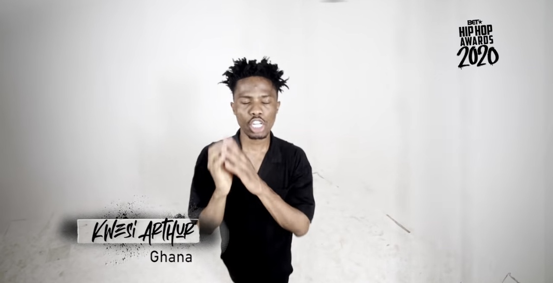 watch:-kwesi-arthur-represents-ghana-proudly-in-this-year's-be.t-hiphop-awards-cypher