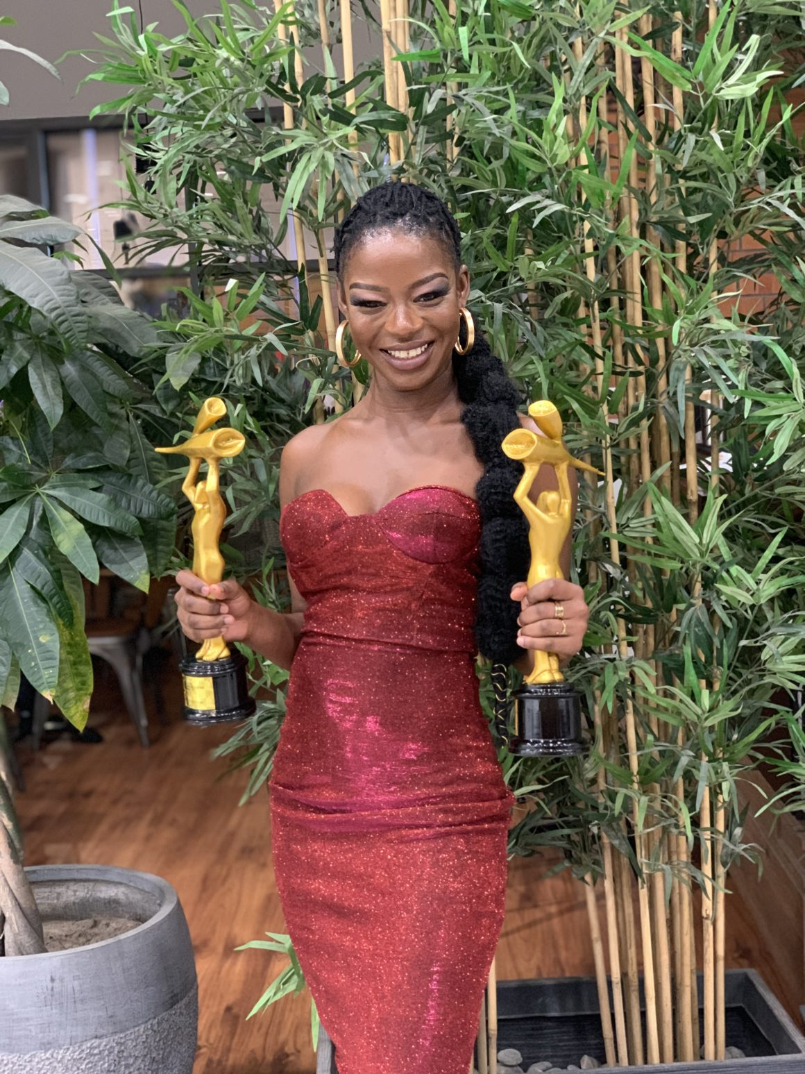 """ameyaw-tv's-zeinatu-issahaku-is-the-""""online-tv-host-of-the-year""""-at-this-year's-national-communications-awards"""