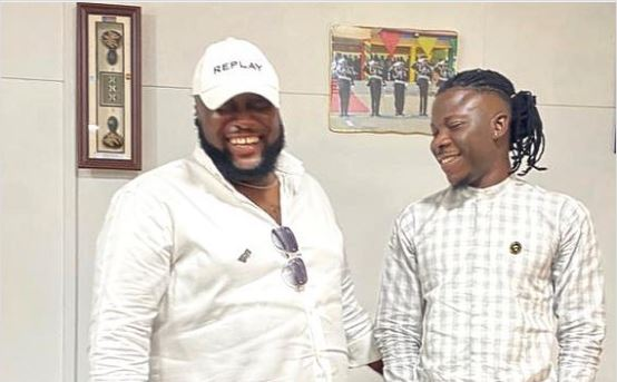 stonebwoy-finally-admits-to-hitting-sarkodie's-manager,-says-it-wasn't-intentional