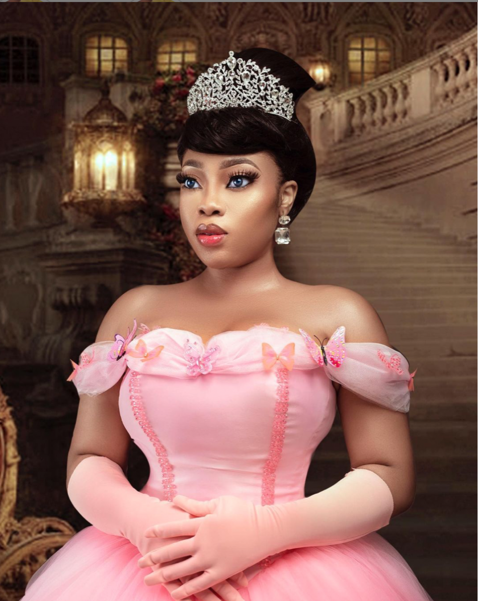 moesha-bodoung-is-a-princess-in-her-birthday-photos