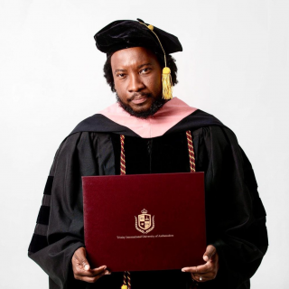 """""""lions-don't-respond-to-frogs""""-sonnie-badu-replies-critics-after-receiving-3-new-degrees-in-4-months"""