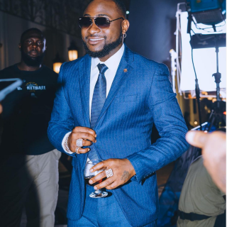 tributes-pour-in-as-davido-celebrates-10-years-in-music.