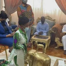 diana-asamoah-kneels-and-begs-for-forgiveness-from-ga-traditional-council