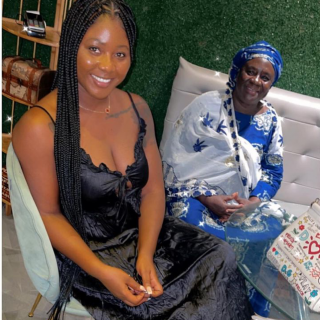 """video:-salma-mumin's-muslim-mom-complain-about-her-""""tiny-dress""""-as-they-head-out-to-dinner"""