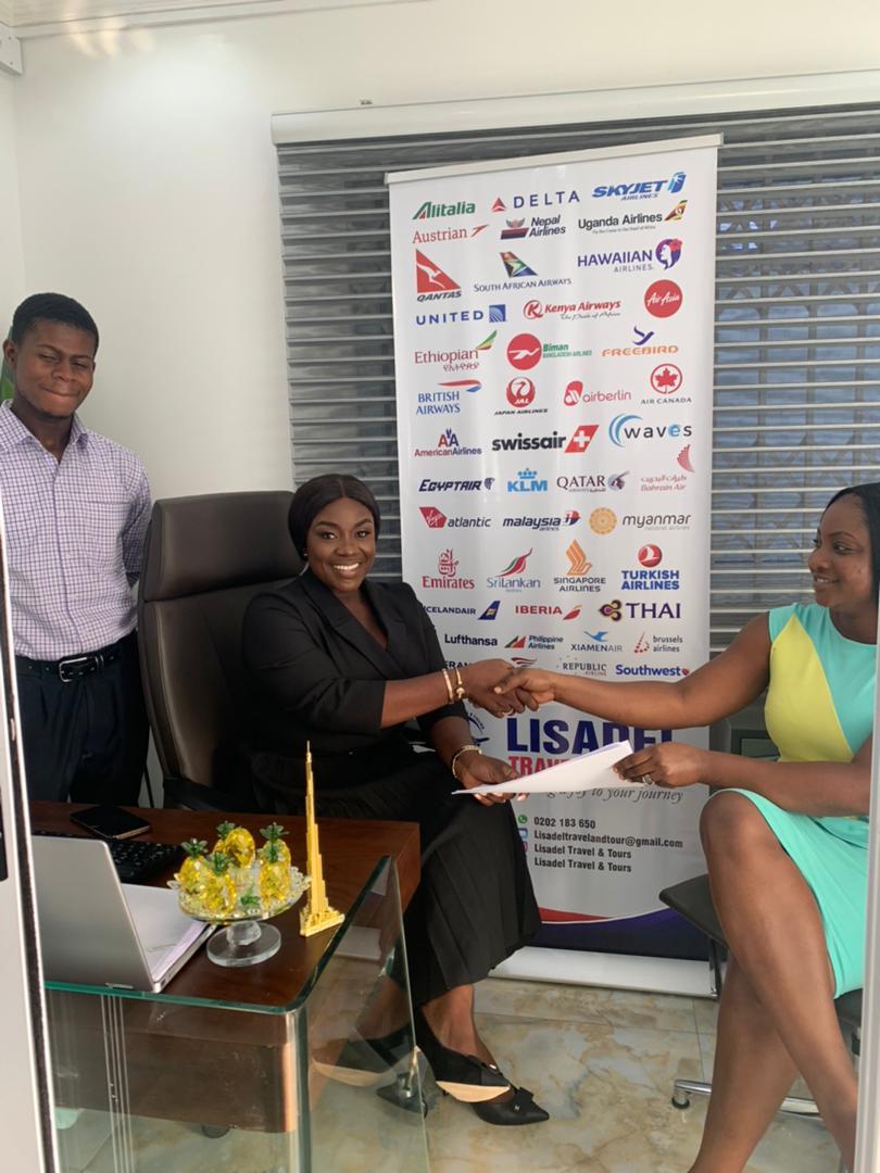 emelia-brobbey-signs-brand-ambassador-deal-with-lisadel-travel