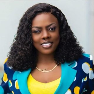 nana-aba-takes-a-break-from-helping-people-after-unemployed-graduate-she-helped-stole-from-his-employer